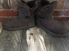 Women's Ugg Boots Size 8 Brown