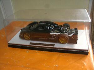 Rare Model Car PAGANI ZONDA R Limited Ed.+Box, Carbon Fiber Pattern 1/18 AutoArt