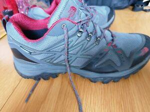North Face Walking Shoes Size 10 44.5 Vibram Sole