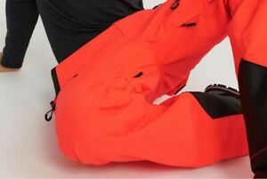 Superdry Snow Rescue Pants NWT authentic items