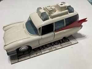 Vintage Ghostbusters Ecto 1
