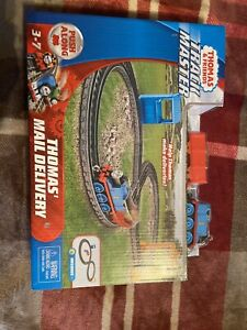 Thomas & Friends TrackMaster THOMAS' MAIL DELIVERY Set New, Sealed!