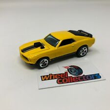Ford Mustang Mach 1 * 1:64 Scale Diecast Model Diorama Hot Wheels * F525