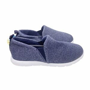 Isotoner Zenz Women's XL 11 Navy Blue Slip Ons Casual Slippers Tennis Shoes