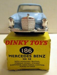 Dinky Toys 186 Mercedes Benz 220 SE,     original