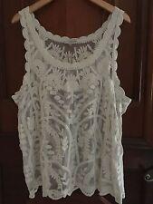 NWT Ladies Capri Floral Crochet Camisole Top Tank Sleeveless Beige Large