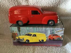 """Mint & Boxed  Holden FJ """"Red """"  Scale 1:25"""