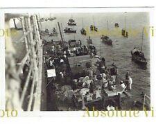 OLD HONGKONG PHOTOGRAPH FLOATING SHOP ALONG SIDE SHIP HONG KONG VINTAGE C.1926