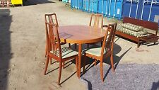 STUNNING RETRO TEAK MID CENTURY DANISH  DINING TABLE AND 4 CHAIRS *deliv avail*