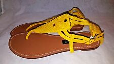 STEVE MADDEN Sirprise  Yellow Leather Thong Sandals size 8M