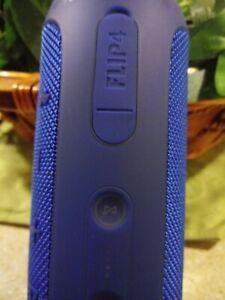JBL Flip 4 Waterproof Portable Bluetooth Speaker (JBLFLIP4BLUAM) -( Blue)