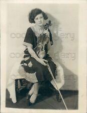 1922 Press Photo Violin Fiddle Player Jean Middleton 1920s