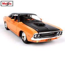 Maisto 1:24 1970 DODGE CHALLENGER R/T Diecast Model Racing Car Gift New In Box
