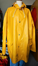 Yellow raincoat with hood and pushbuttons size 54 - 56 or GB 26 - 28 Pvc rubber