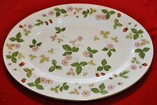 "Wedgwood WILD STRAWBERRY (Bone China) R4406 Oval Platter 15 3/8"" x 11 5/8"""