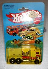 HOT WHEELS #3924 THUNDER ROLLER YELLOW WITH BRID BRAND NEW