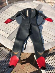 Zone 3 Vanquish wetsuit, size ML, mens