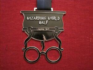 Wizarding World Half Marathon Run London Finisher Medal 2015 Potter's Glasses