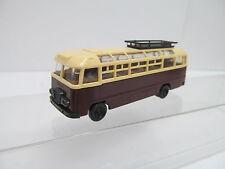 eso-143701:87 Bus mit minimale Gebrauchsspuren,