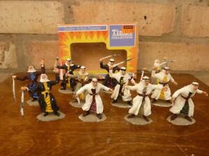 11 Vintage Timpo Plastic ready to paint Arab figures boxed