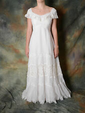 Vintage Ivory Wedding Dress with Empire Waist with Lace Accents Size Small