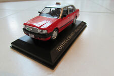 VOITURE MINIATURE 1/43 DE COLLECTION TOYOTA CROWN TAXI HONG KONG ANNÉE1998