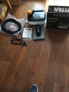 Titan TTB419STM 2000w Electric Wallpaper Stripper. 230-240v