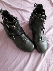 Simply Be chunky black boots size 9 X
