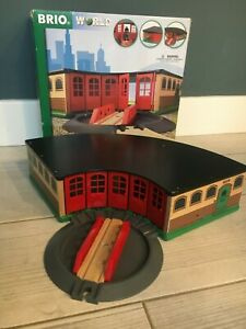 BRIO Grand Roundhouse 33736 - Wooden train set train shed - will post