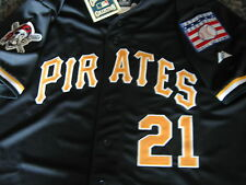 Brand new Majestic Pittsburgh Pirates #21 Roberto Clemente HOF patch Jersey M