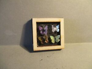 ONE DOLLS HOUSE MINIATURE BUTTERFLY PICTURE Z15
