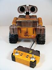 RARE WALL-E REMOTE CONTROLED ROBOT DISNEY STORE EXCLUSIVE