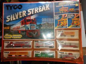 """TYCO Ken Smith Silver Streak """"Nite Glow #7322"""" Train Set 36"""" x 45""""  NEW IN BOX!"""