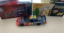 1/24 JEFF GORDON #24 DUPONT / LOONEY TUNES BACK IN ACTION 2003 ACTION NASCAR