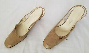 Womens Size 9.5 4A Beige Salvatore Ferragamo Leather Slingback Pumps Heel Shoes
