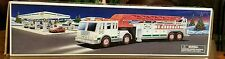 ●HESS●TOY FIRETRUCK●c2000●NEW IN BOX●WORKING SIREN AND HORNS●EXTENTION LADDER●