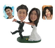Customized Polyresin Groom and Bride Figurine Newlyweds Cake Toppers