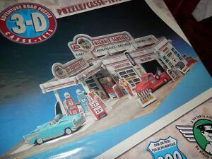 HALLMARK 3-D ADVENTURE ROAD Puzzle 200 Pieces Al's Friendly Service Garage