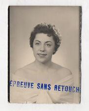 PHOTO ANCIENNE  Épreuve sans retouche Inscription Tampon Vers 1950 Vintage Femme