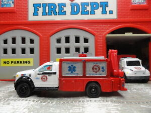 MATCHBOX FIRE FORD F-150 HEAVY RESCUE OPERATIONS WITH WORKING LYFT & FLOODLIGHTS