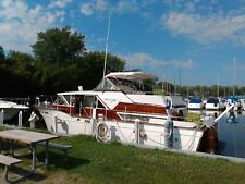1960 40 ft Wood Chris Craft Conqueror Aft Cabin