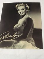 "1987 Marilyn Monroe Estate Photo B&W 8"" x 10"""