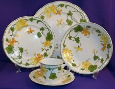 VINTAGE VILLEROY & BOCH CHINA GERANIUM 5 PC PLACE SETTING GERMANY METTLACH