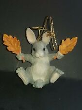 Rare Silvestri Charming Tails Rabbit Holding Two Leafs Christmas Ornament Excel