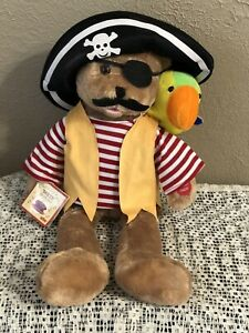CHANTILLY LANE CAPT'N SALTY & PEPPER Musical duet Singing Pirate Bear and Parrot