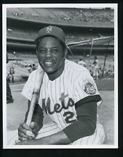 Willie Mays Press Wire Photo Donald Wingfield The Sporting News New York Mets