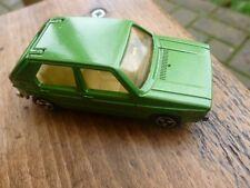 voiture MAJORETTE Volkswagen golf n°210 verte éch 1/60