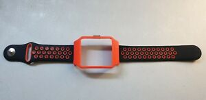 Sony SmartWatch 3 SWR50 RED Housing (Adapter) & RED Dots Silicone Strap