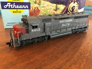 Southern Pacific ~ SD45 ~ Diesel Locomotive ~ SP 8812 ~ HO scale ~ Original Box