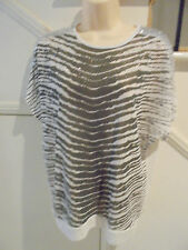 MONTE MILANO LABEL NWOT SIZE L 16 WHITE GREY SEQUIN FEATURE KNIT TOP